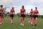 Chùm ảnh: Chùm ảnh: Ý tưởng về giải bóng đá nữ bikini đầu tiên ở nước Anh