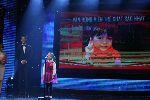 Kỳ thủ 8 tuổi cực kỳ đáng yêu trong đêm trao giải Cúp chiến thắng 2015