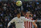 Chùm ảnh: Chùm ảnh: Ronaldo tịt ngòi, Real lại ôm hận tại derby