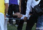 Chùm ảnh: Văn Pho nhập viện trong tình trạng bất tỉnh