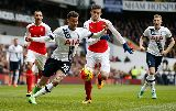 Chùm ảnh: Tội đồ Coquelin suýt khiến Arsenal trắng tay rời White Hart Lane