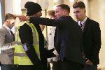 Chùm ảnh: Nhóm cầu thủ Leicester bị phân biệt đối xử tại London