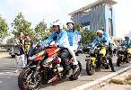 Lý Nhã Kỳ 'kín cổng cao tường' khuấy động giải đua xe đạp
