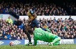 Chùm ảnh: Giroud ngồi dự bị, sao lạ lập công giúp Arsenal thắng dễ Everton