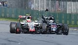 Alonso thoát chết sau vụ tai nạn khiến xe đua nát vụn